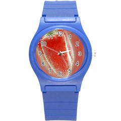 Red Pepper And Bubbles Round Plastic Sport Watch (s)