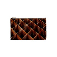 Metal Grid Framework Creates An Abstract Cosmetic Bag (small)