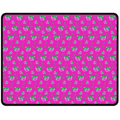 Floral pattern Double Sided Fleece Blanket (Medium)