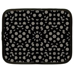Dark Ditsy Floral Pattern Netbook Case (XXL)