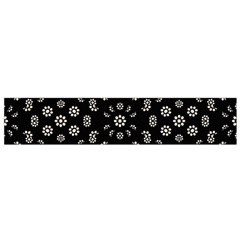 Dark Ditsy Floral Pattern Flano Scarf (Small)