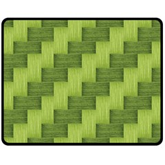 Pattern Fleece Blanket (Medium)