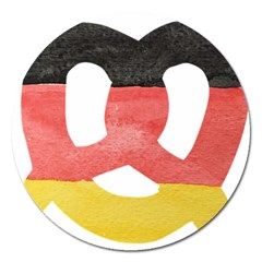 Pretzel in Hand-Painted Water Colors of German Flag Magnet 5  (Round)