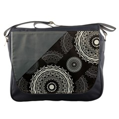 Abstract Mandala Background Pattern Messenger Bags