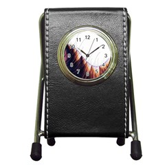 Abstract Lines Pen Holder Desk Clocks