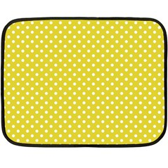 Polka dots Fleece Blanket (Mini)