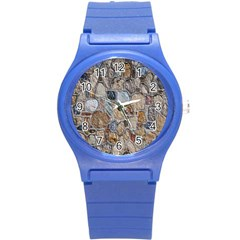 Multi Color Stones Wall Texture Round Plastic Sport Watch (S)