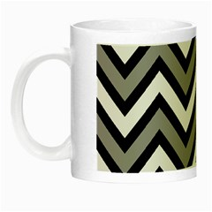 Zig zags pattern Night Luminous Mugs