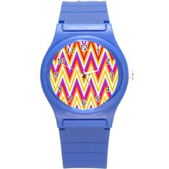 Colorful Chevrons Zigzag Pattern Seamless Round Plastic Sport Watch (S)
