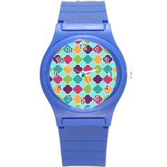 Colorful Quatrefoil Pattern Wallpaper Background Design Round Plastic Sport Watch (S)
