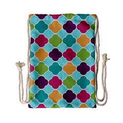 Colorful Quatrefoil Pattern Wallpaper Background Design Drawstring Bag (small)