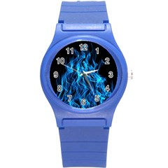 Digitally Created Blue Flames Of Fire Round Plastic Sport Watch (S)