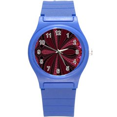 Red Ribbon Effect Newtonian Fractal Round Plastic Sport Watch (S)