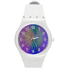 Blue Fractal That Looks Like A Starburst Round Plastic Sport Watch (M)