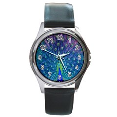 Amazing Peacock Round Metal Watch