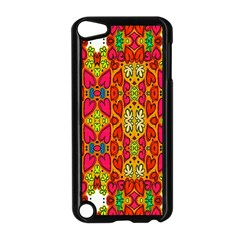 Abstract Background Design With Doodle Hearts Apple Ipod Touch 5 Case (black)