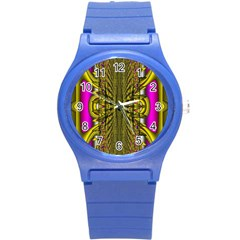 Fractal In Purple And Gold Round Plastic Sport Watch (S)