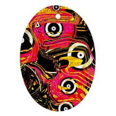 Abstract Clutter Pattern Baffled Field Ornament (oval)