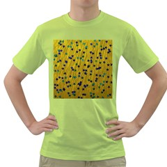 Abstract Gold Background With Blue Stars Green T Shirt
