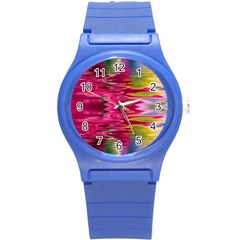 Abstract Pink Colorful Water Background Round Plastic Sport Watch (S)