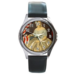 Betsy Ross Author of The First American Flag and Seal Patriotic USA Vintage Portrait Round Metal Watch