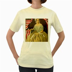 Betsy Ross Author of The First American Flag and Seal Patriotic USA Vintage Portrait Women s Yellow T-Shirt