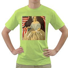Betsy Ross Author of The First American Flag and Seal Patriotic USA Vintage Portrait Green T-Shirt