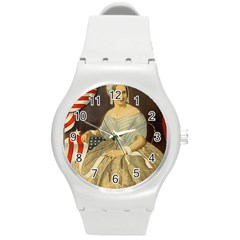 Betsy Ross Author of The First American Flag and Seal Patriotic USA Vintage Portrait Round Plastic Sport Watch (M)