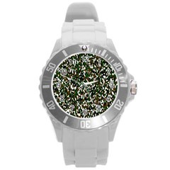 Camouflaged Seamless Pattern Abstract Round Plastic Sport Watch (l)
