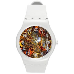 Abstract In Orange Sealife Background Abstract Of Ocean Beach Seaweed And Sand With A White Feather Round Plastic Sport Watch (M)