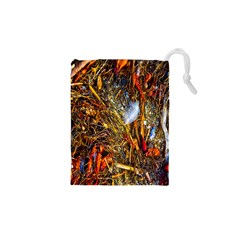 Abstract In Orange Sealife Background Abstract Of Ocean Beach Seaweed And Sand With A White Feather Drawstring Pouches (xs)