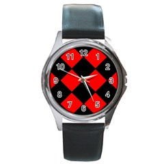 Red Black square Pattern Round Metal Watch