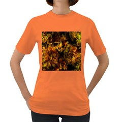 Autumn Colors In An Abstract Seamless Background Women s Dark T-Shirt