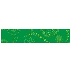 Green Floral Star Butterfly Flower Flano Scarf (small)
