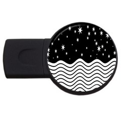 Black And White Waves And Stars Abstract Backdrop Clipart USB Flash Drive Round (2 GB)