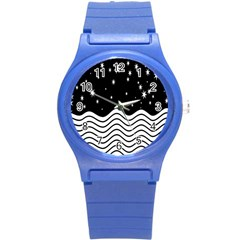 Black And White Waves And Stars Abstract Backdrop Clipart Round Plastic Sport Watch (S)