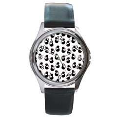 Cat Seamless Animals Pattern Round Metal Watch