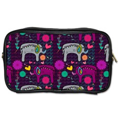 Love Colorful Elephants Background Toiletries Bags