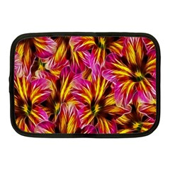 Floral Pattern Background Seamless Netbook Case (Medium)