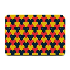 Red blue yellow shapes pattern       Plate Mat