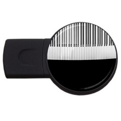 Piano Keys On The Black Background USB Flash Drive Round (4 GB)