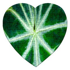 Green Leaf Macro Detail Jigsaw Puzzle (Heart)