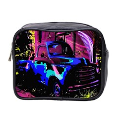 Abstract Artwork Of A Old Truck Mini Toiletries Bag 2-Side