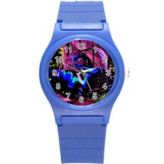 Abstract Artwork Of A Old Truck Round Plastic Sport Watch (S)