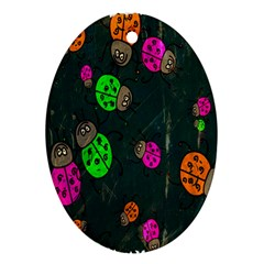 Cartoon Grunge Beetle Wallpaper Background Ornament (Oval)