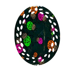 Cartoon Grunge Beetle Wallpaper Background Ornament (oval Filigree)