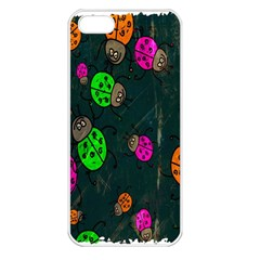 Cartoon Grunge Beetle Wallpaper Background Apple Iphone 5 Seamless Case (white)