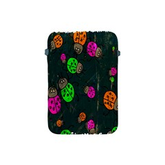 Cartoon Grunge Beetle Wallpaper Background Apple iPad Mini Protective Soft Cases