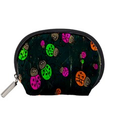 Cartoon Grunge Beetle Wallpaper Background Accessory Pouches (small)