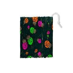 Cartoon Grunge Beetle Wallpaper Background Drawstring Pouches (Small)